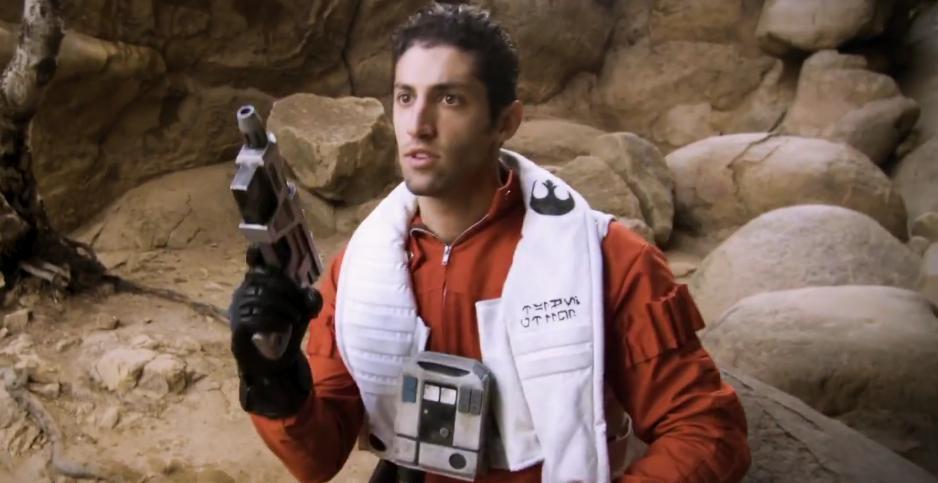POWER RANGERS Alum Morphs into Oscar Isaac in STAR WARS Video: FINN & POE