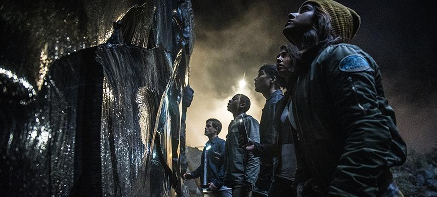 Why POWER RANGERS Beats STAR WARS: THE LAST JEDI in Audience Ratings
