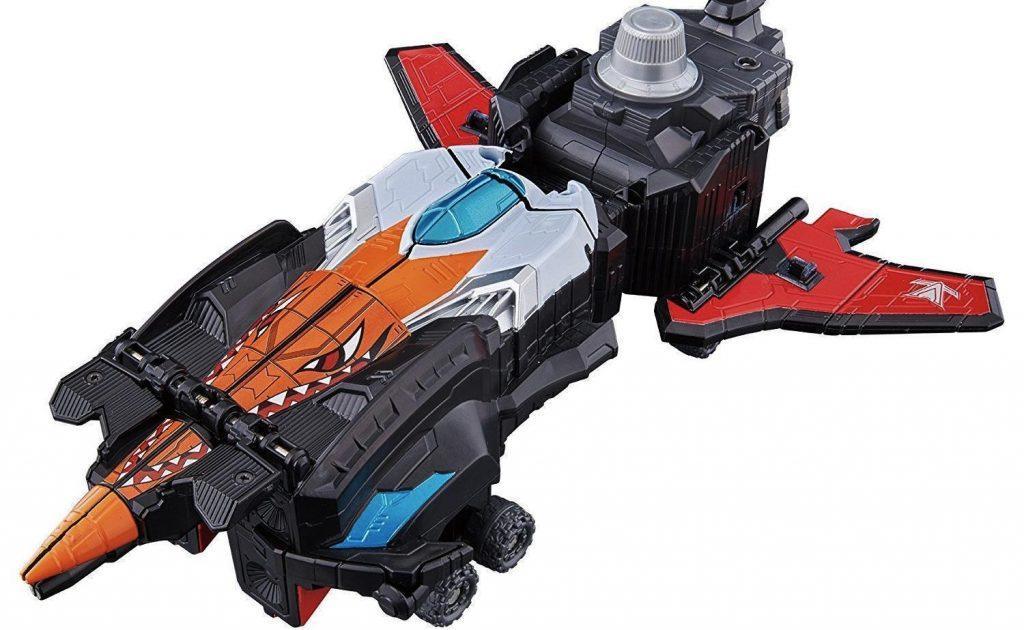 Toy Reviews: LUPINRANGER VS PATRANGER DX Good Striker & Candy Toy (Mini Pla) LupinKaiser Set 01