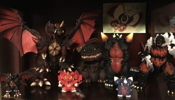 TOKU-TROVE-GODZILLA-DISPLAY